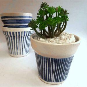 Maceta de cerámica artesanal