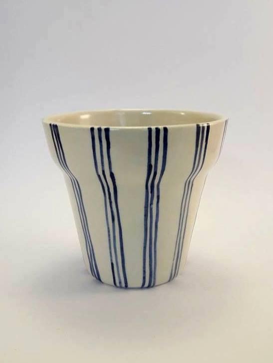 Maceta de cerámica artesanal GEA