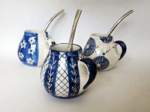 Mate con asa de cerámica artesanal GEA
